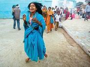 விநோத கோயில்கள் - எல்லா விதமான பேயும் இங்கு ஓட்டப்படுமாம் (வீடியோ)