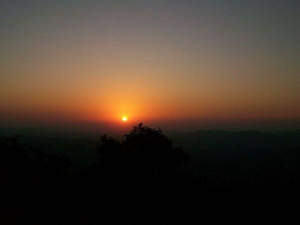 பகவான் ராமர் வனவாசம் செய்த குஜராத்தின் சாபுதாராவுக்கு போய்வரலாமா?
