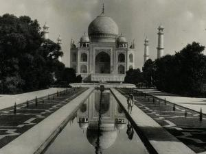 Lets See The Oldest Pictures Taj Mahal Agra