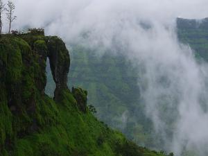 Top 10 Beautiful Places Maharastra You Must Visit