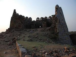 Kilanilai Kottai History Location Travel Guide More