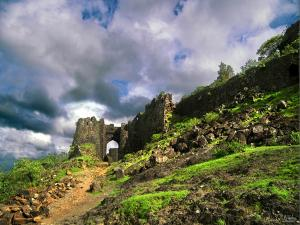 Gawilgarh Hills Fort Travel Guide Things Do How Reach