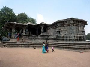Thousand Pillared Temple At Warangal History Timings How