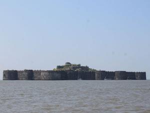 Murud Beach Maharashtra Attractions Things Do How Reach