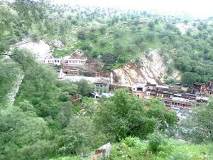 Sikar Travel Guide Places To Visit Things To Do And How T