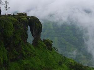 Let S Go Panchgani Hill Near Maharashtra