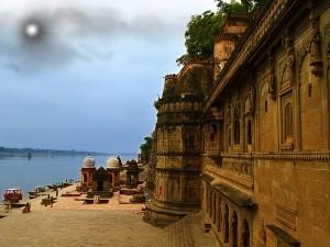 Ahilyabai Holkar Fort History Timings How Reach