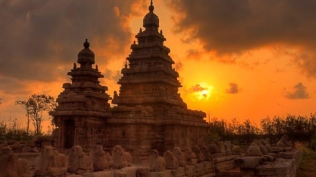 இந்தியாவின் ஆயிரம் ஆண்டுகள் பழமையான கோயில்கள்