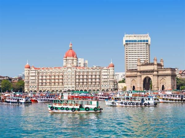 Bhaucha Dhakka Mumbai S Biggest Fish Market Tamil