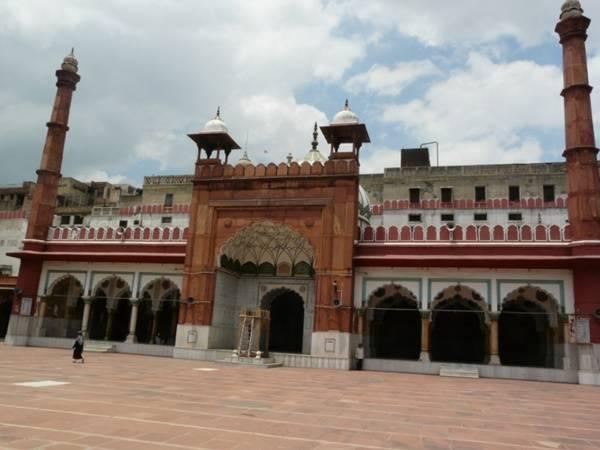 Fatehpuri Masjid Delhi The Magnificent Heritage Site